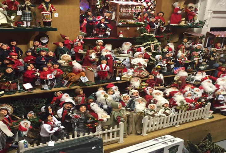 every day since 1953 has been christmas at murdoughs christmas barn which features an enormous selection of christmas decorations and trim - Barn Christmas Decorations