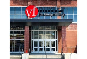 New VF Outlet at the Knitting Mills